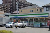 周辺環境:ファミリーマート松戸幸谷店